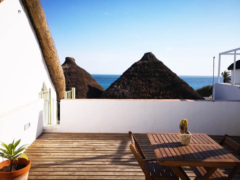 bungalow con terraza en canos de meca detalle terraza 2