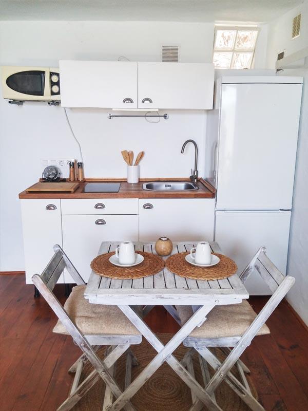 bungalow en canos de meca mesa comedor cocina